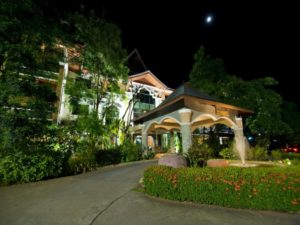 The 100 Island Resort and Spa is one of the top hotels in Surat Thani