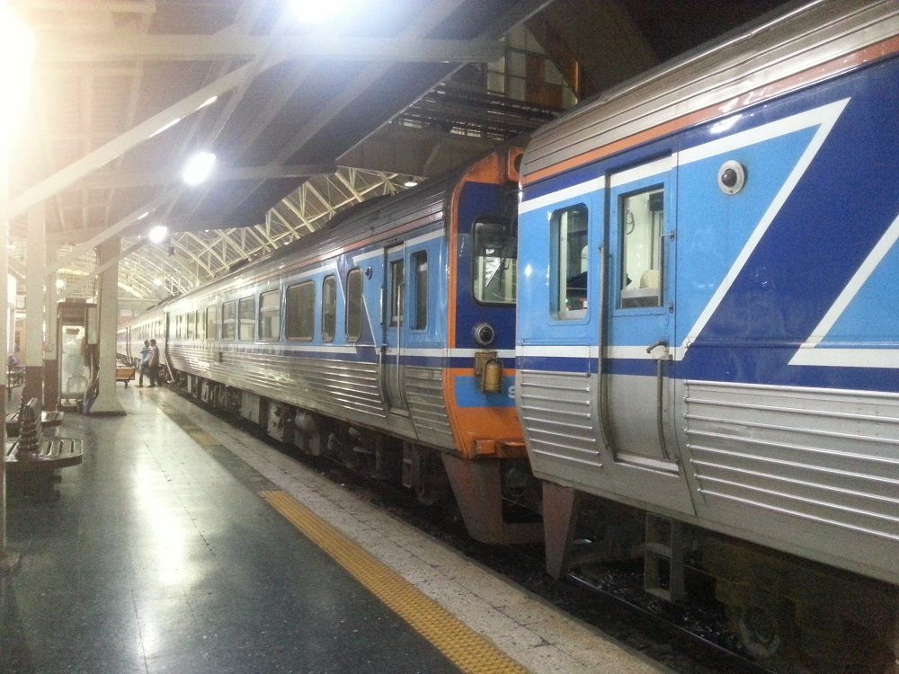 22.50 Train to Surat Thani