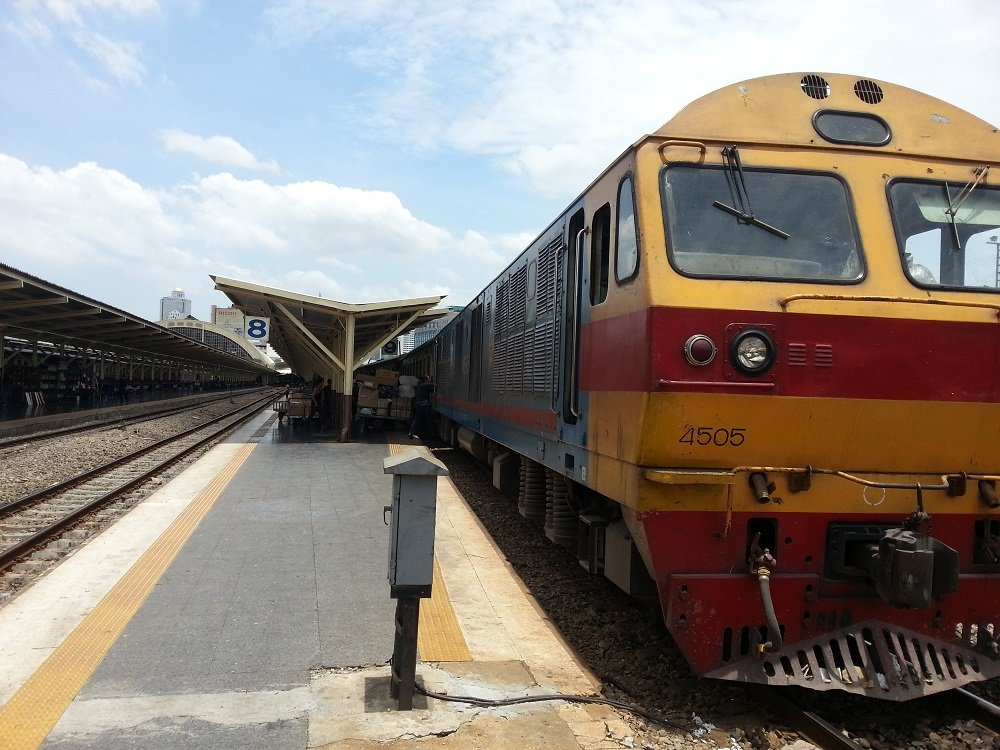 Train 171 ready to depart Bangkok for Surat Thani
